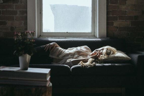 Immagine di una donna che dorme