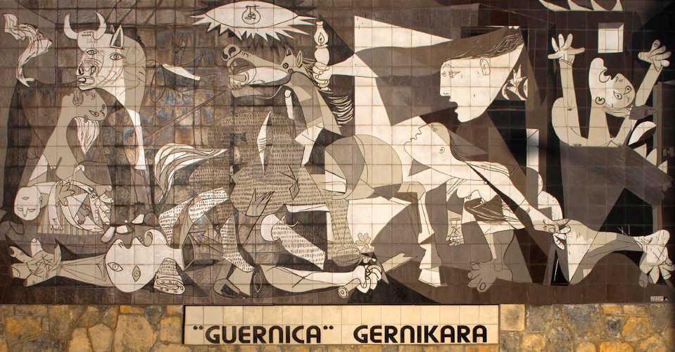 Immagine del murale del Guernica